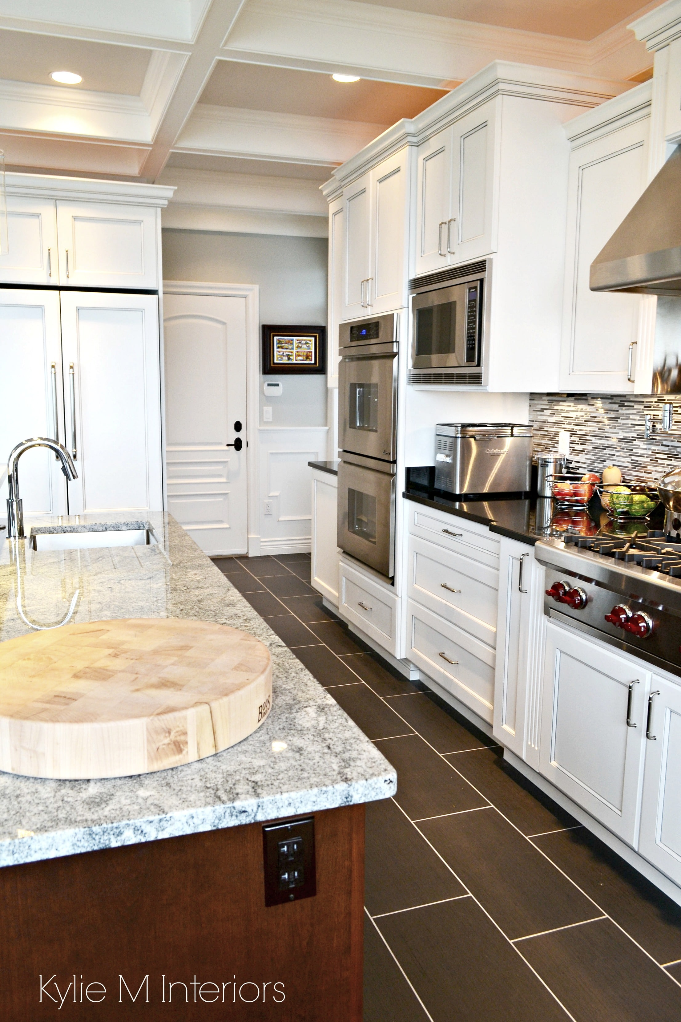 White apron penticton
