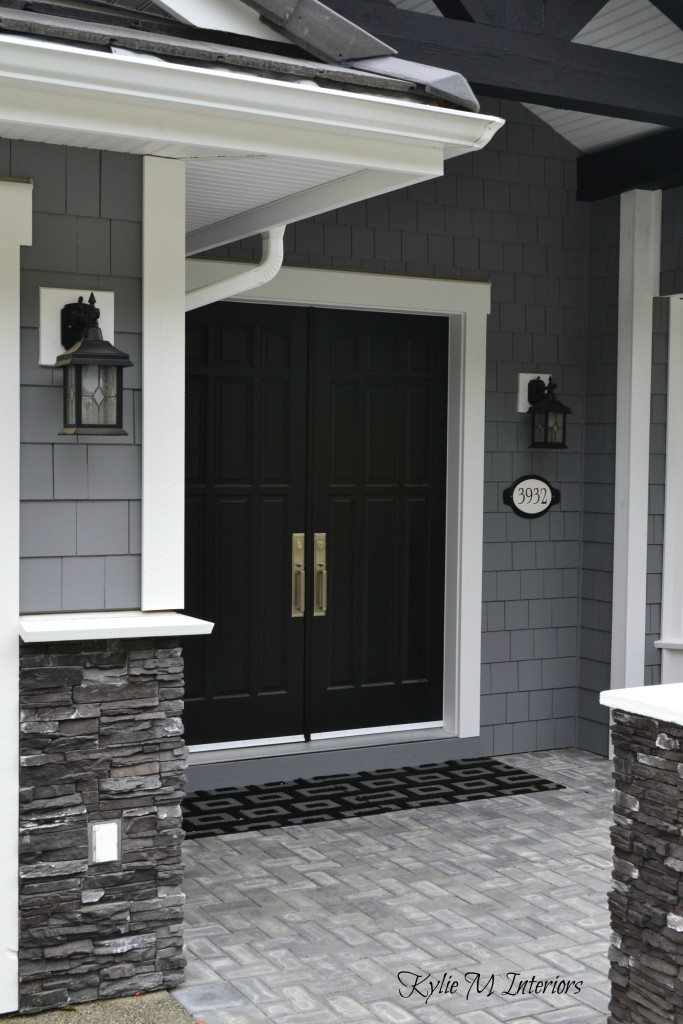 Exceptionnel Exterior Of Home With Chelsea Gray Painted Shakes, Black Painted Double Front  Door And White