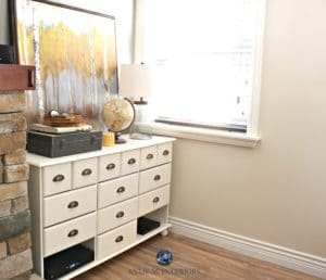 Benjamin Moore Navajo White, one of the best paint colours for a north facing room by Kylie M Interiors E-design