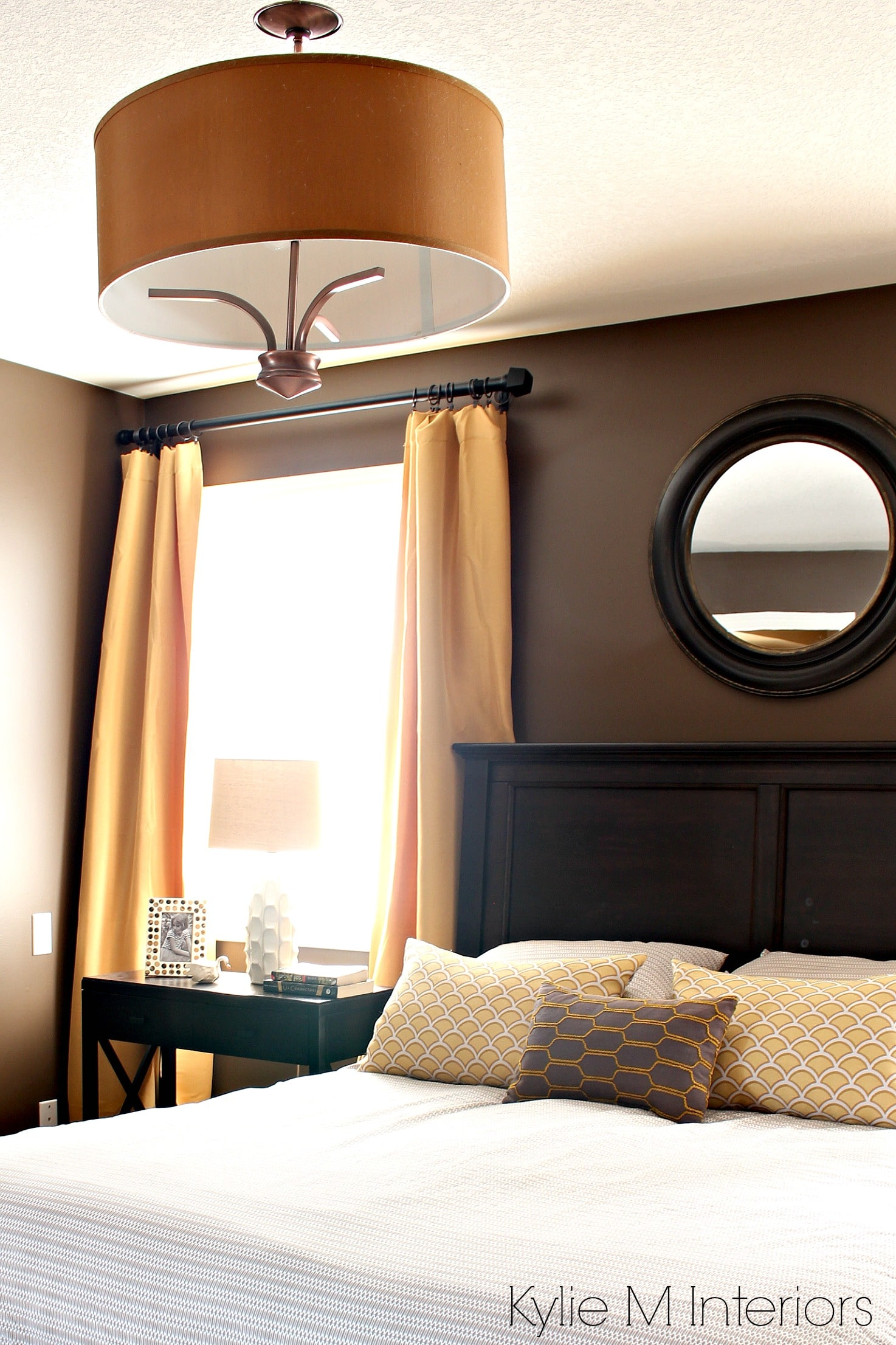Bedroom Painted Benjamin Moore Brown Horse With Gold