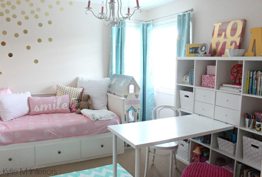Cutie-Patootie Girls Bedroom: Soft Pink and Gold
