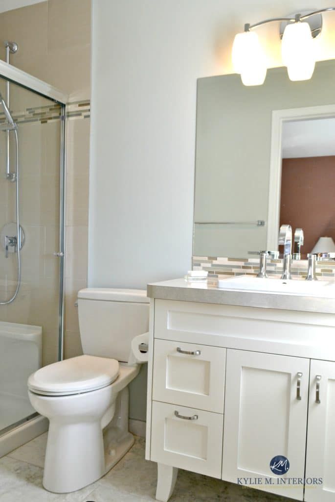 Benjamin Moore Gray Cashmere helps this small bathroom feel bigger and brighter