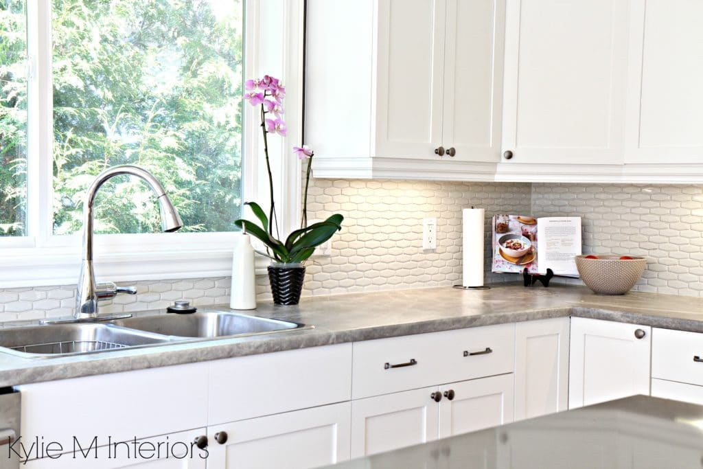 White Kitchen Cabinets 3 Palettes To Create A Balanced
