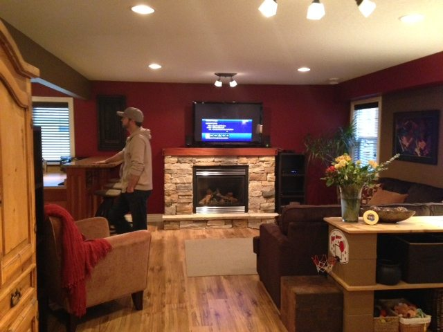 Family Fireplace With Painted Mantel, Fireplace Update Idea