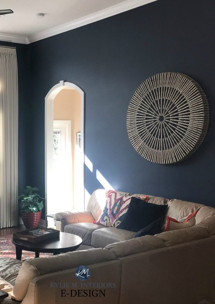 Benjamin Moore Hale Navy with beige sectional, best dark blue paint colour. Kylie M Interiors Edesign, online color consultant