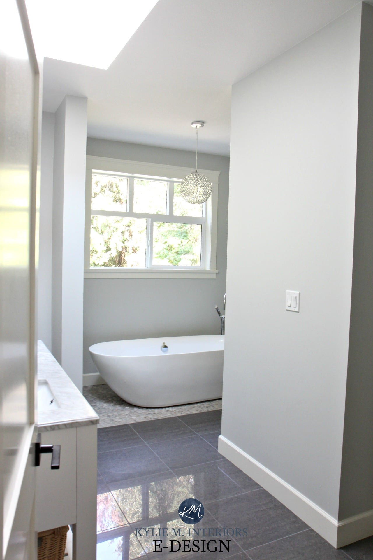 Ensuite master bathroom. BEnjamin Moore Wickham Gray, freestanding ...