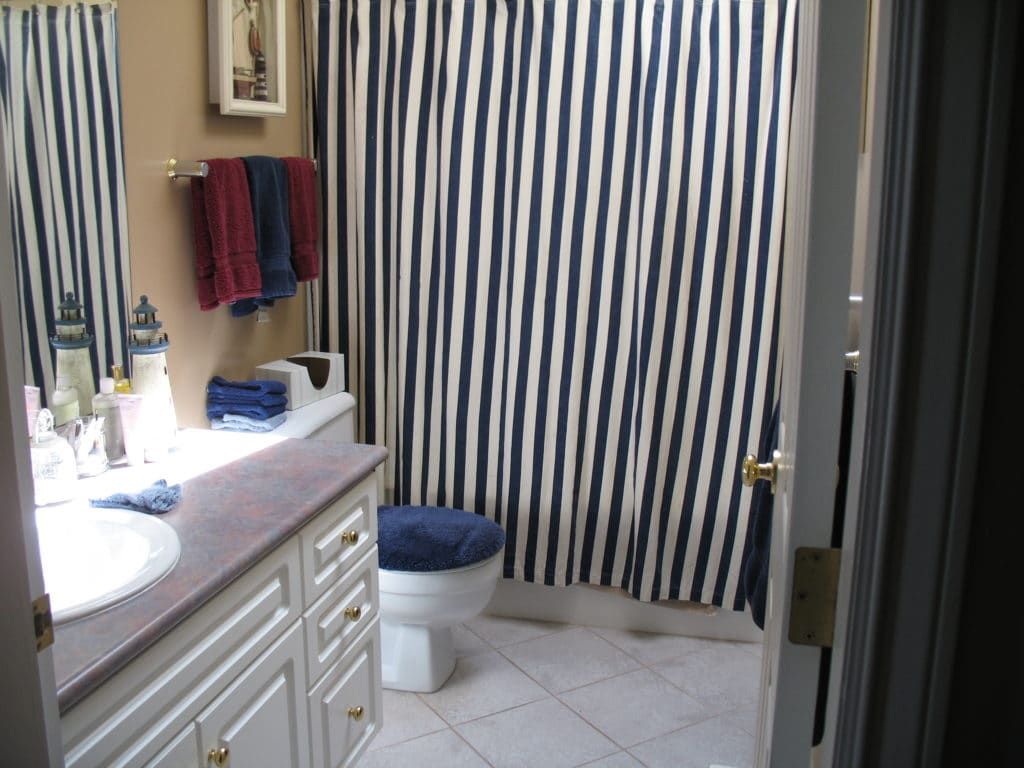Ideas to update a 1990's bathroom or home, Kylie M INteriors before photo