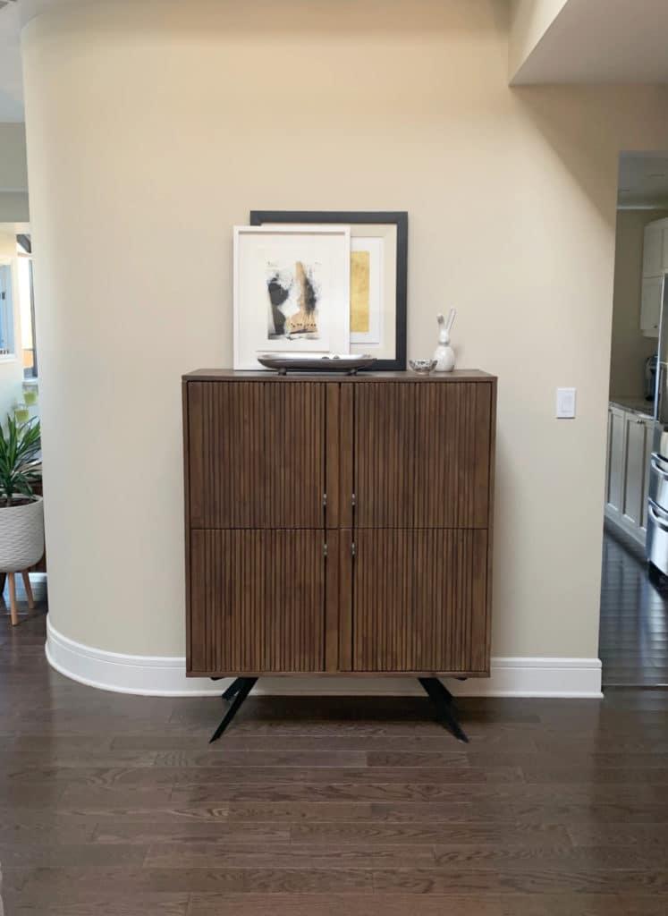 Benjamin Moore Manchester Tan, dark brown wood floor. Kylie M Interiors Edesign, online paint color consultant and expert
